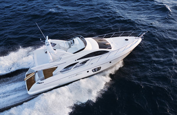 Azimut 55 Flybridge The yachts of Azimut are among the most beautiful, ...