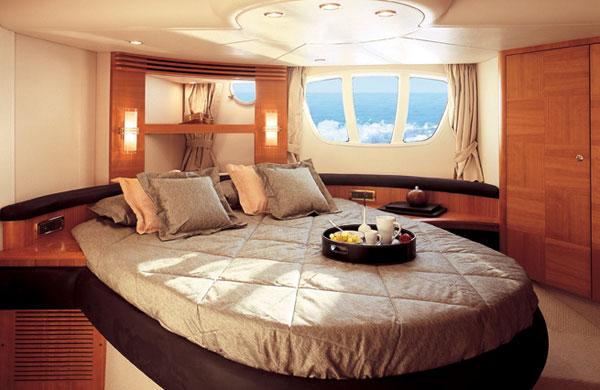 Tags: Azimut 55, Azimut yachts, Expensive Yachts, Flybridge yachts, ...